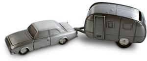 Sparbössa, bil med husvagn